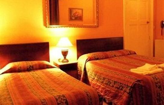 Single room (standard) Averon Guest House