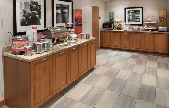 Restauracja Hampton Inn - Suites St Louis at Forest Park