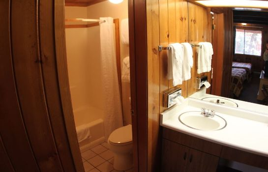 Bagno in camera The Pines Resort