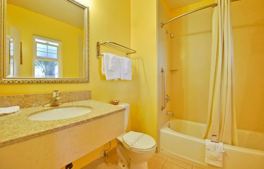 Bagno in camera Fallbrook Country Inn