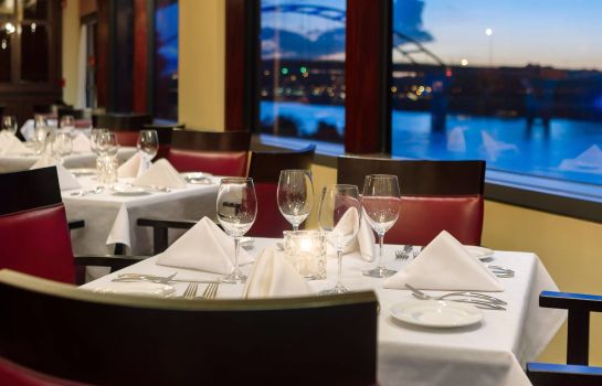 Restaurant Delta Hotels South Sioux City Riverfront