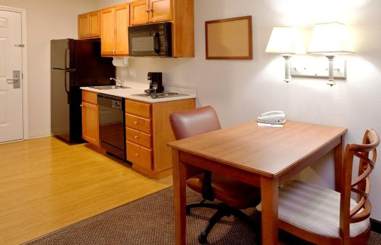 Zimmer Candlewood Suites POLARIS
