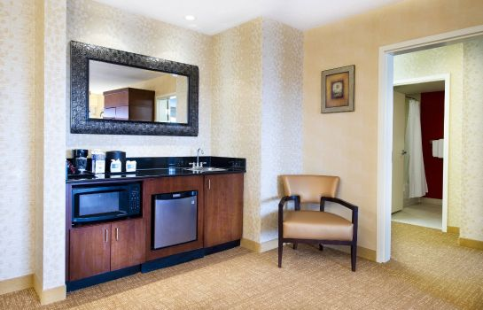 Suite Courtyard Mississauga-Airport Corporate Centre West