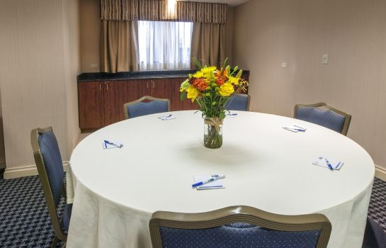 Conference room Holiday Inn Express & Suites BUFFALO-AIRPORT