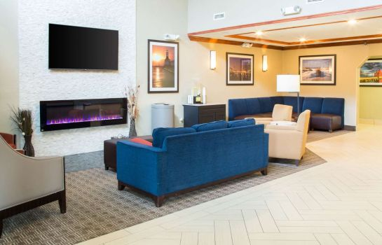 Hall Comfort Suites South