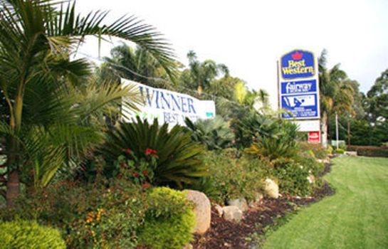 Vista esterna BEST WESTERN FAIRWAY MOTOR INN