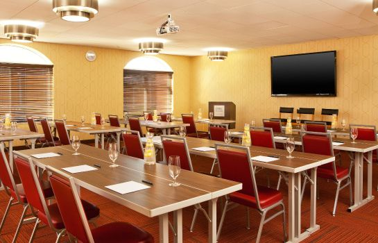 Sala de reuniones Four Points by Sheraton Louisville Airport