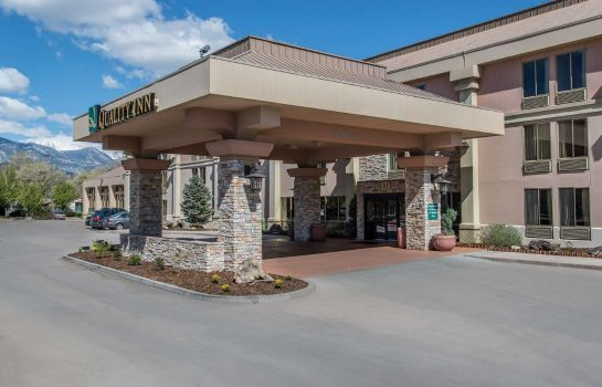 Exterior view Quality Inn South