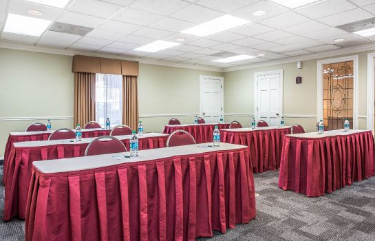 Conference room Quality Suites Buckhead Village
