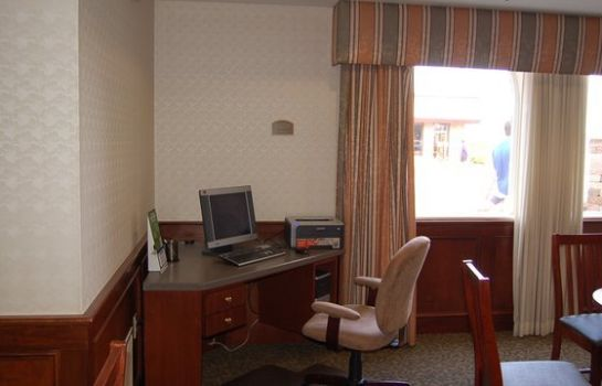 Info Holiday Inn Express EX I-71/OH STATE FAIR/EXPO CTR