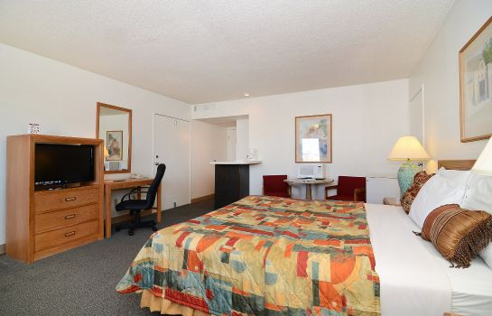 Suite Howard Johnson Inn El Paso TX