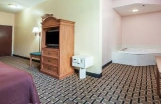 Suite HOWARD JOHNSON AIRPORT SDF