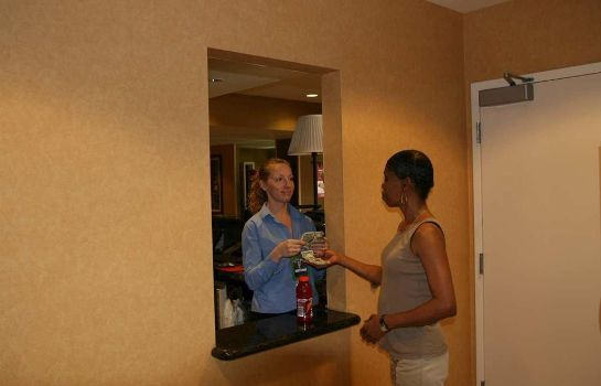 Suite Hampton Inn - Suites Sacramento-Cal Expo CA