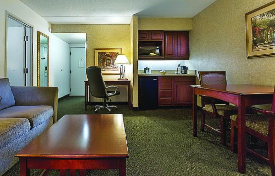 Suite LA QUINTA INN NORCROSS