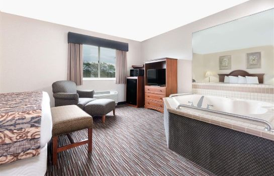 Suite BAYMONT INN & SUITES COLUMBUS