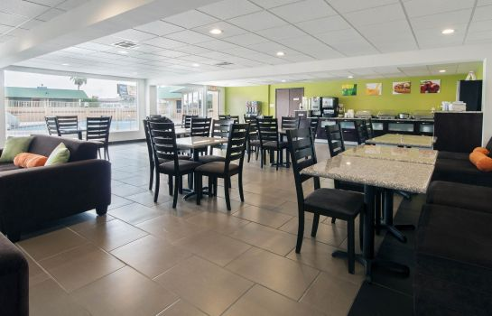 Restaurant Quality Inn & Suites Airport