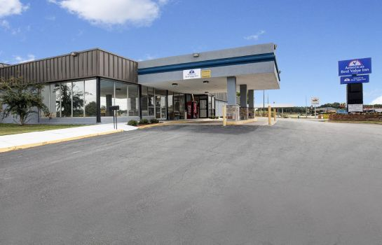 Vista esterna Americas Best Value Inn Newnan