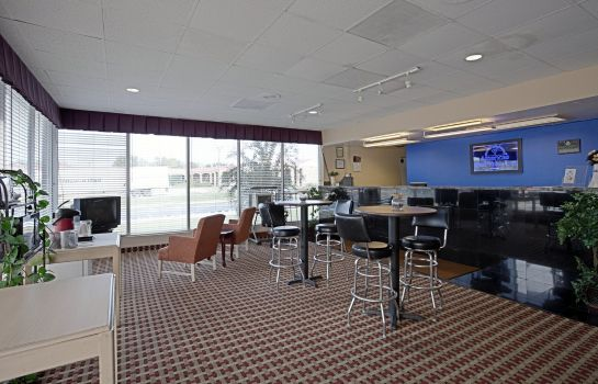 Hall Americas Best Value Inn Newnan