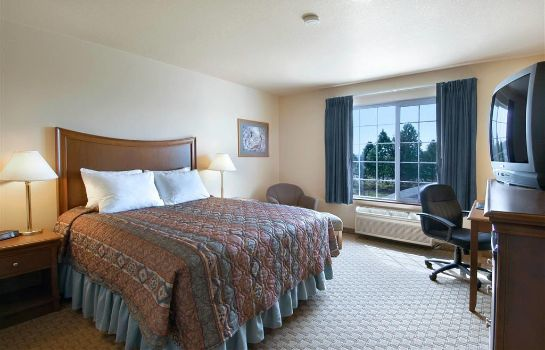 Suite Red Lion Inn and Suites McMinnville