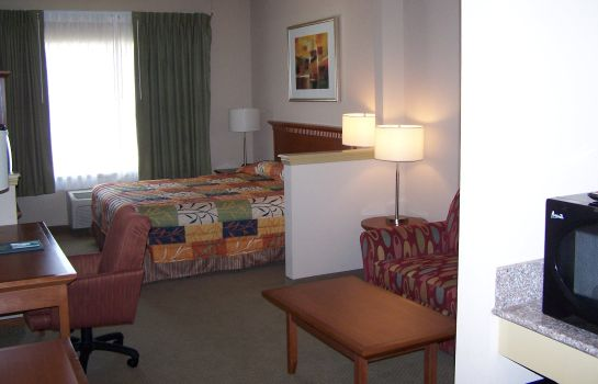 Suite BRAWLEY INN HOTEL AND CONFERENCE CNTR