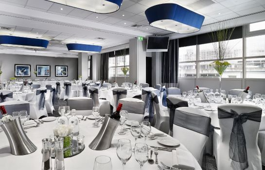Info DoubleTree by Hilton London - Victoria