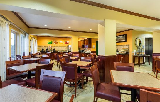 Restaurant Quality Inn & Suites Beachfront