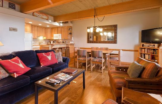 Info Storm Meadows Club Condominiums by Mountain Resorts