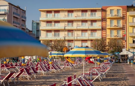 Strand Resort Hotel Marinella
