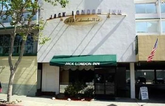 Buitenaanzicht Jack London Inn