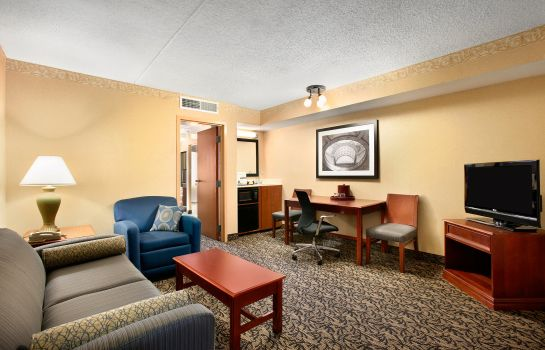 Suite Capitol Plaza Hotel Jefferson City
