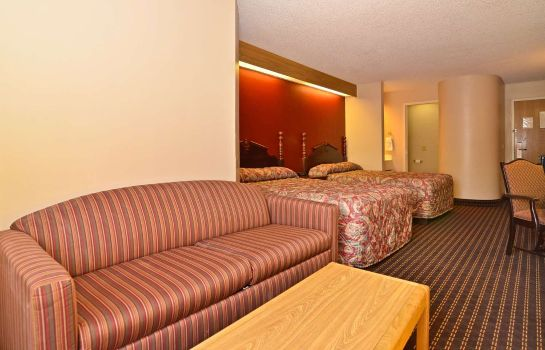 Suite Americas Best Value Inn & Suites-Lee's Summit/Kansas City