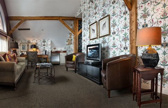 Suite THE BEDFORD VILLAGE INN