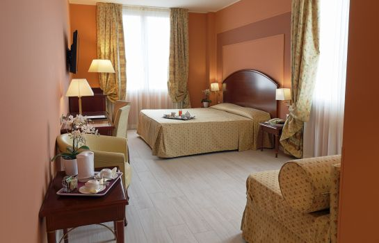 Junior Suite Savoia Hotel Regency 4* S