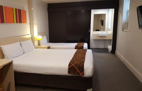 Single room (superior) Ibis Styles Kingsgate Hotel