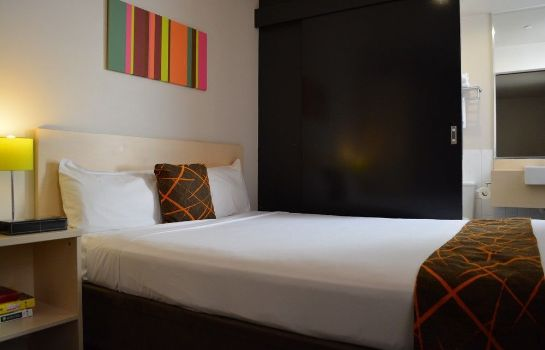 Double room (superior) Ibis Styles Kingsgate Hotel