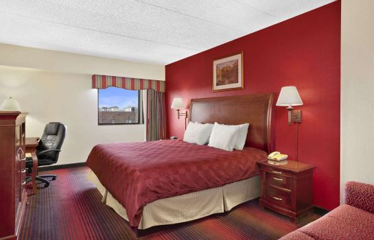 Zimmer RAMADA EAST ORANGE