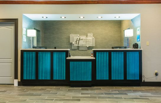 Hotelhalle Holiday Inn Express & Suites JACKSON