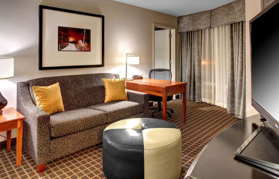 Room Hampton Inn  Suites GreenvilleDowntownRiverPlace