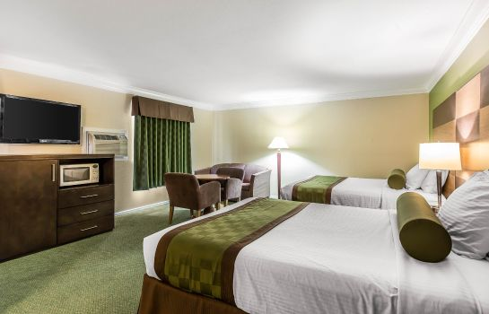 Suite Rodeway Inn & Suites Canyon Lake