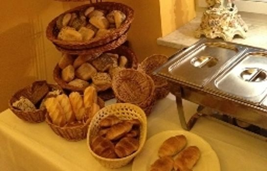 Breakfast buffet Aparthotel Altes Dresden