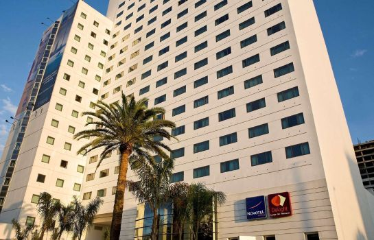 Buitenaanzicht Novotel Casablanca City Center