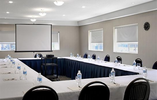 Sala de reuniones Four Points by Sheraton Prince George