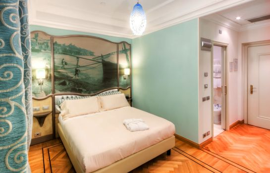 Single room (standard) Grand Hotel Savoia