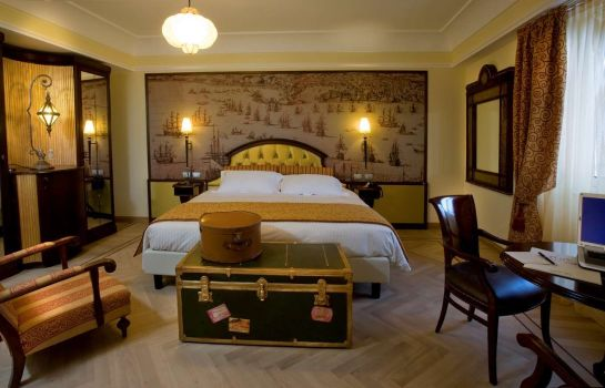 Room Grand Hotel Savoia