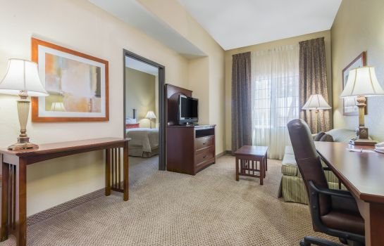 Habitación Staybridge Suites PHOENIX-GLENDALE