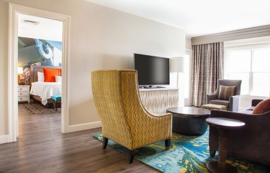 Suite Hotel Indigo  ATLANTA - VININGS