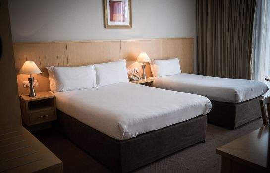 Chambre triple Travelodge Dublin Airport South