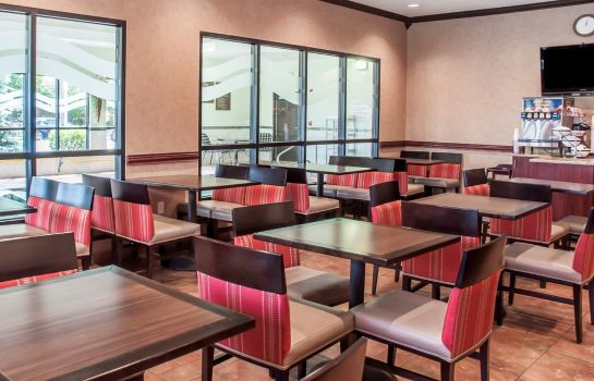 Restaurante Comfort Inn Near Walden Galleria Mall