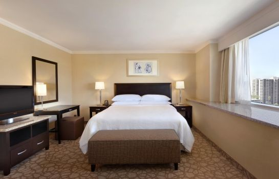 Suite Embassy Suites by Hilton Los Angeles Glendale