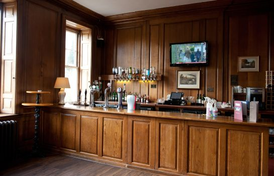 Bar del hotel Haughton Hall
